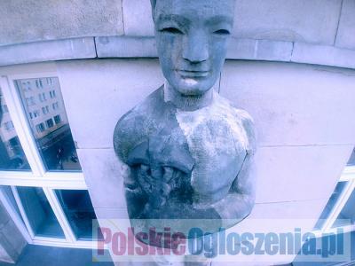 Czyszczenie pomników i rzeźb
